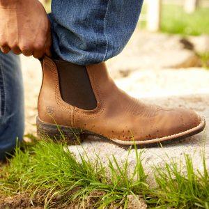 Ariat Booker Ultra Western Boot